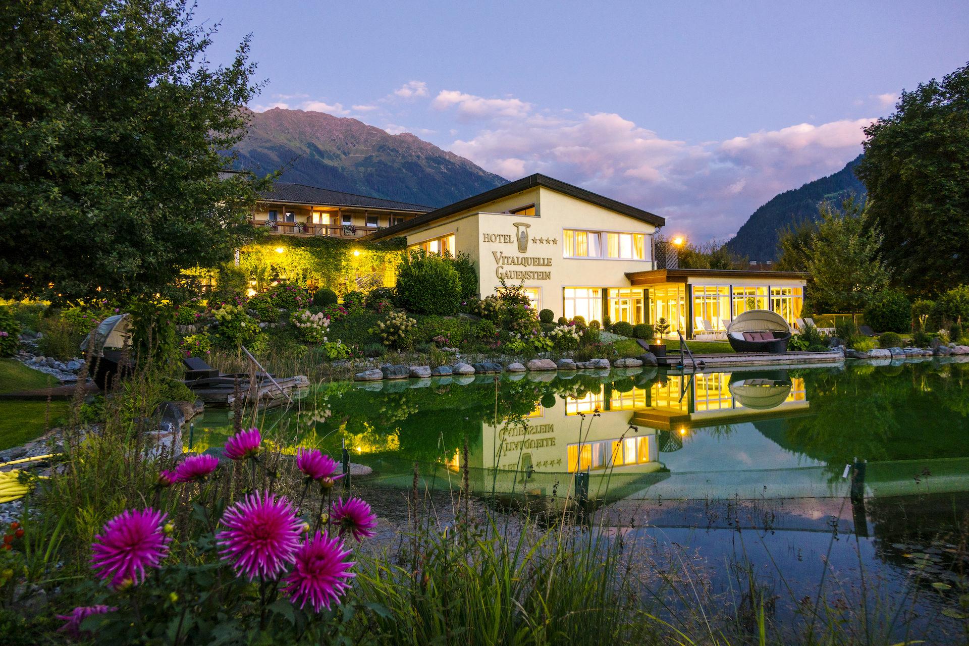 vitalquelle schruns wellnesshotel montafon 4 5 sterne hotels vorarlberg wellnessurlaub skiurlaub. Black Bedroom Furniture Sets. Home Design Ideas